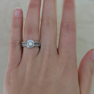 Round Halo Engagement Ring and Ring Guard Set, 2 Pieces (Ring Guard and Halo Engagement Ring)